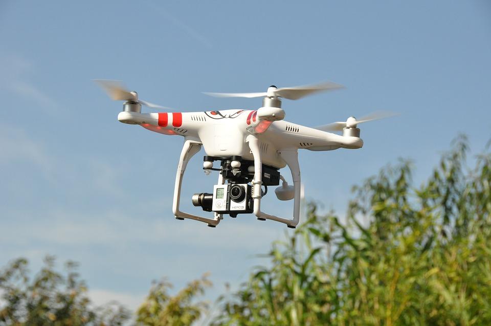 drone-1142182 960 720